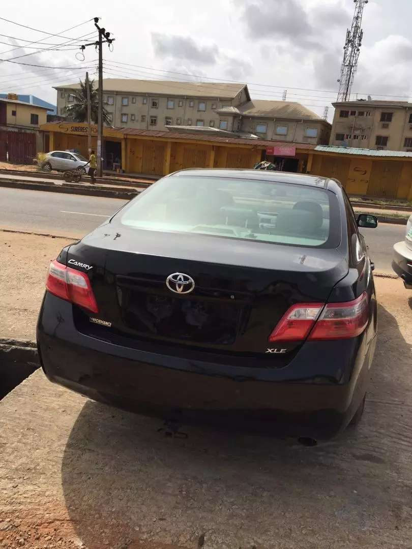 Foreign used Toyota Camry 2009 XLE 0