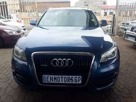 For Sale:2009  Audi-Q5,Engine3.0V6, Diesel,Automatic