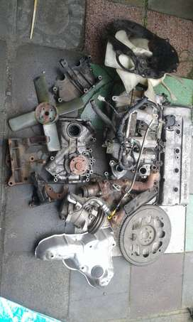 nissan np 300 spares