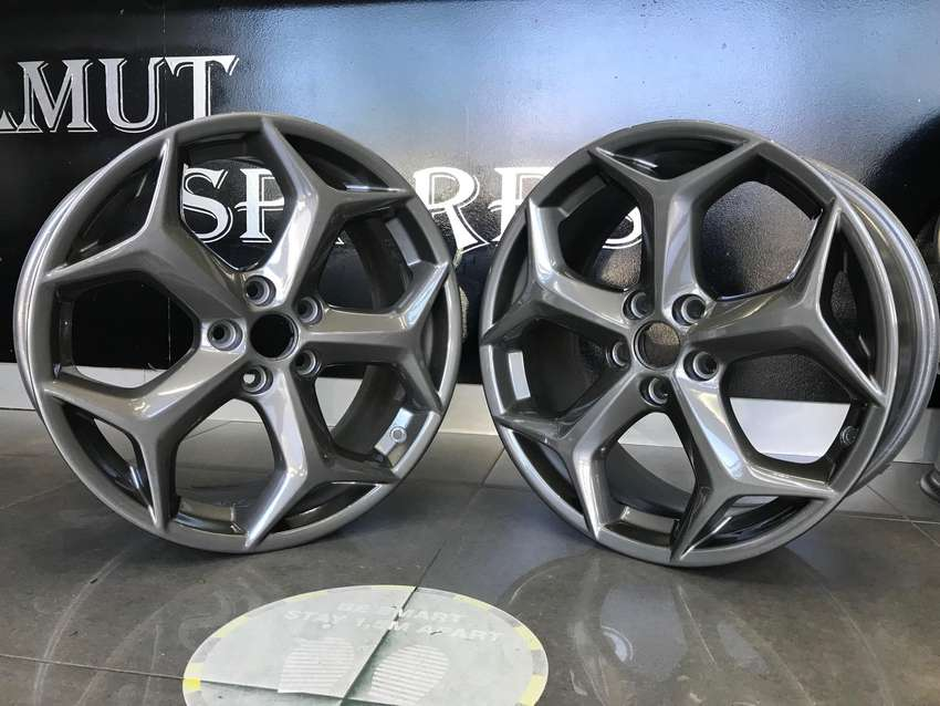 Original Ford Focus ST 18 inch mags 0