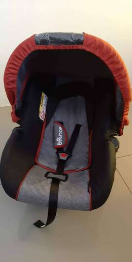 Bounce baby car seat from birth to 13kg