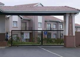 Neat 2 Bed Apartment to Let in Beacon Bay