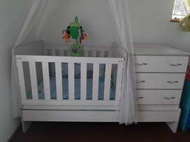 Room In a box cot