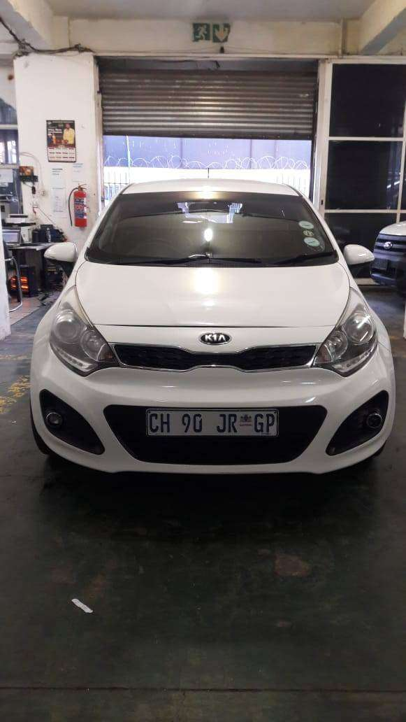 2014 Kia Rio 1.4 TEC Leader seat full house For sale 0