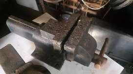 Bench vice (steel)