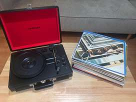 Crosley Turntable & record collection