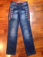 Продам джинсы на мальчика на рост 170 см