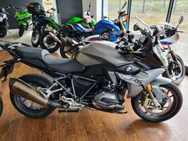 2016 BMW R1200 RS for sale at MadMacs Motorcycles in MINT condition