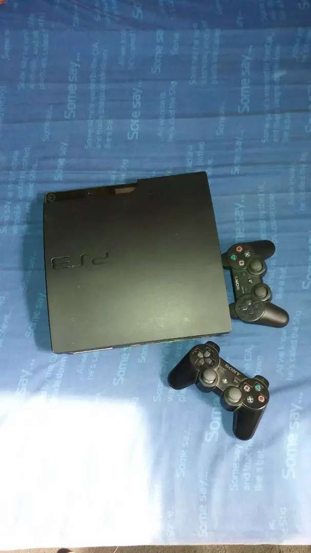 Clean PlayStation 3 slim 0