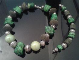 komplet srebrnej biżuterii z naturalnymi kamieniami