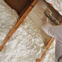 Natrysk pianką poliuretanową, ocieplenie PUR, poddasze, dach