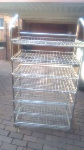STAINLESS BREAD AND ROLLS DISPLAY TROLLIES