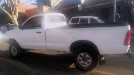 TOYOTA HILUX SINGLE CAB HIGH RIDER IN EXCELLENT CONDITION