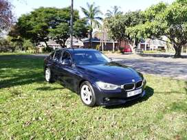 AUTOMATIC 2012 BMW 320D F30, LUXURY. with SUNROOF.  Service history at