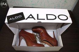 Ботинки кожаные туфли ALDO