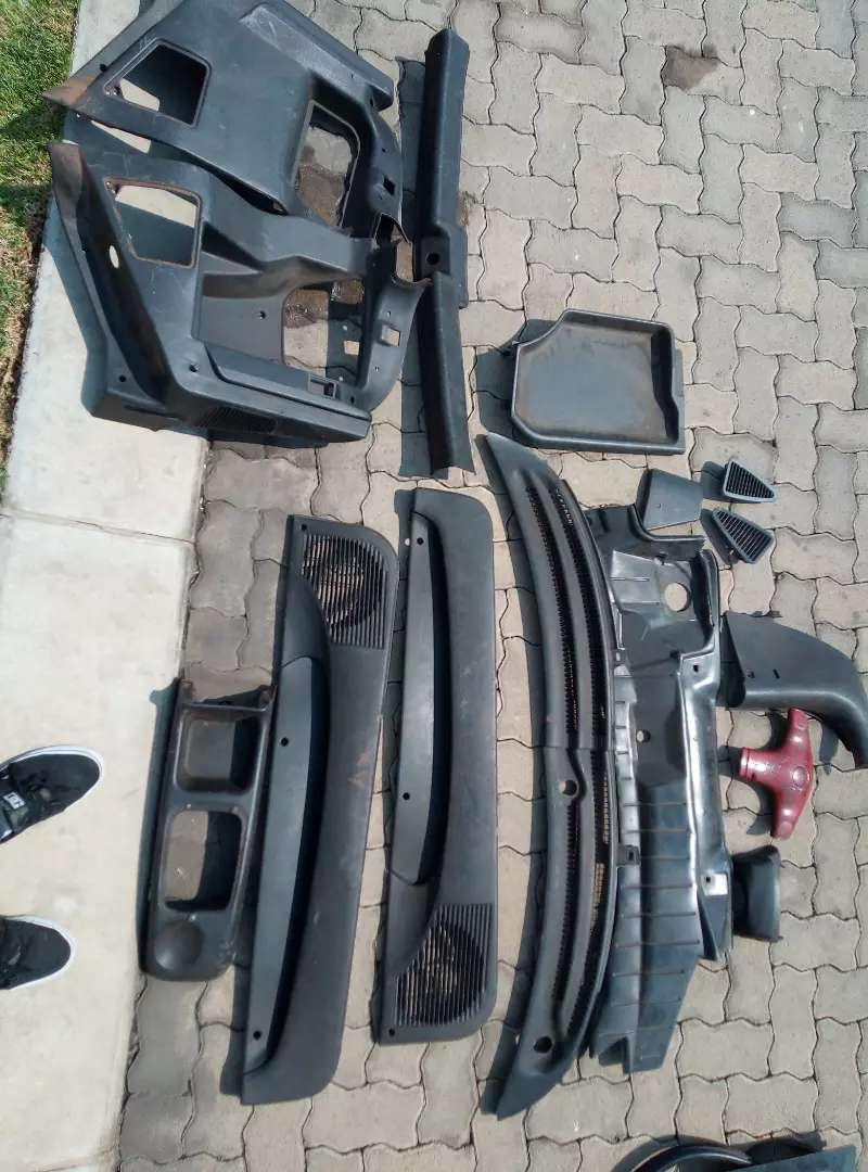 Opel corsa lite parts open to offers for everything 0