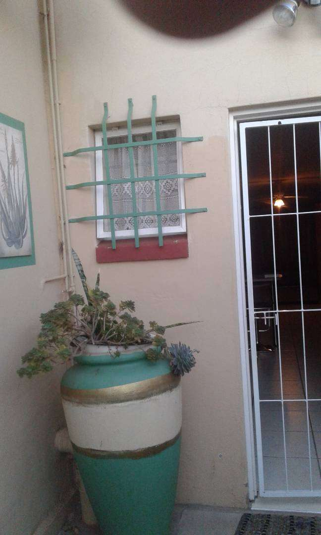 Modern Studio to rent, near Northcape Mall, Lenmed Hospital. 0