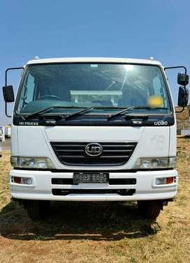 [URGENT DEAL] NISSAN UD90 WITH A MASS DROPSIDE FOR SALE