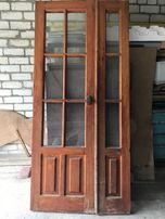 Деревенные двери со вставками из стекла