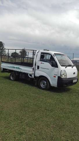Half kia truck for sale R60.000 .good runner.in good condition