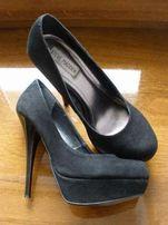 Шикарные замшевые туфли STEVE MADDEN