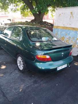 Hyundai elentra 1,6 injection for sale