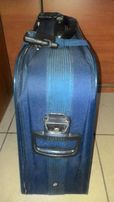Продам чемодан Pullys на 2-х колесах