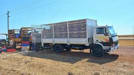 6 ton enclosed truck for hire