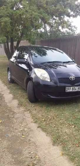Toyota yaris good condition with papers
