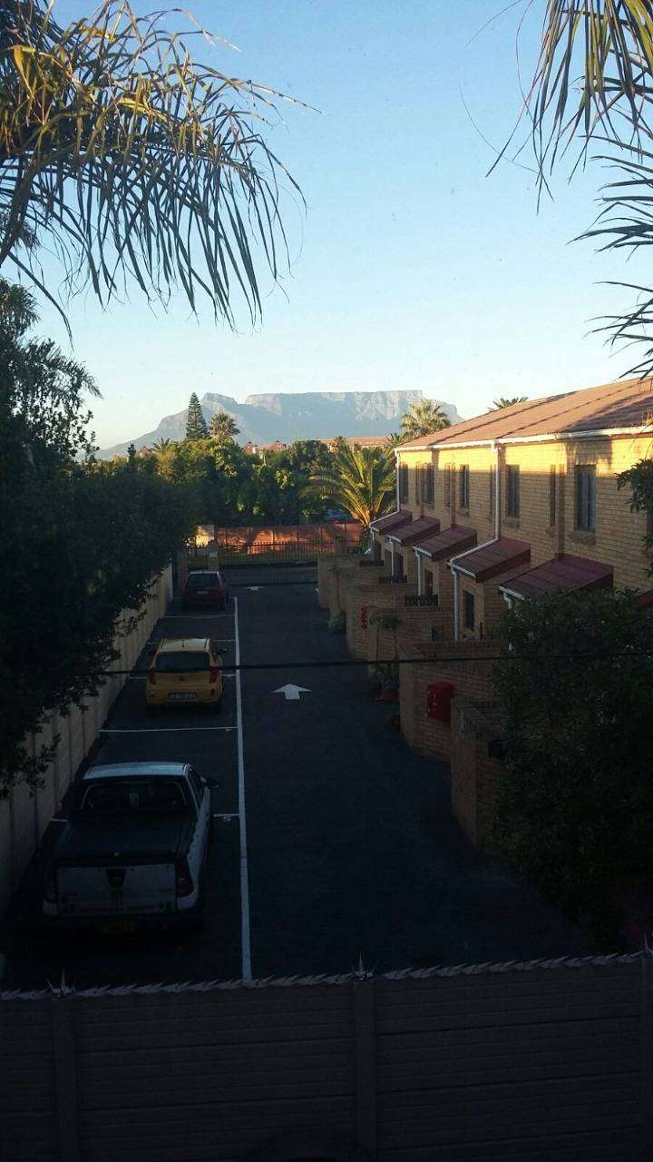2 bedroom duplex for rent, in Blouberg, Tableview, Cape Town