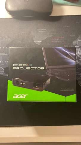 Acer C120 LED Projector