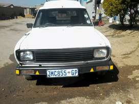 1400 bakkie for sale in daily driving condition must go today  read