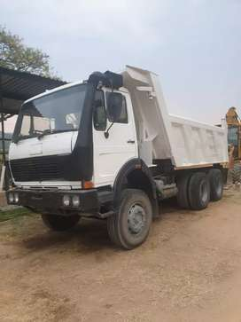Selling and Buying off all types of vehicles ,teailers,machinery