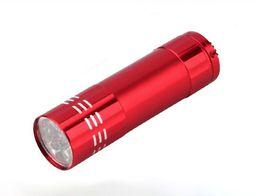Ультрафиолетовый светодиодный фонарик, 9 светодиодов.