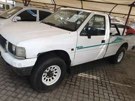 Isuzu baki very strong old Mr Cheepi WITBANK Big five Distributors