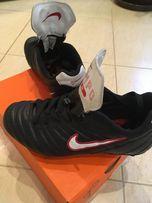 Продам детские футбольные бутсы Nike 37-38 размер