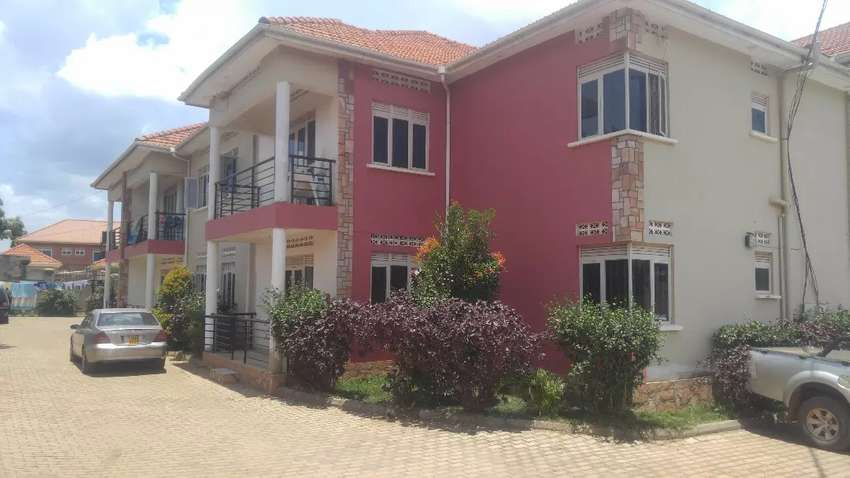 Commuter's dream. 3bedroom 2baths apartment in Kiwatule at 1.3M 0