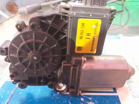Opel Astra F&G Right Front Window Motor
