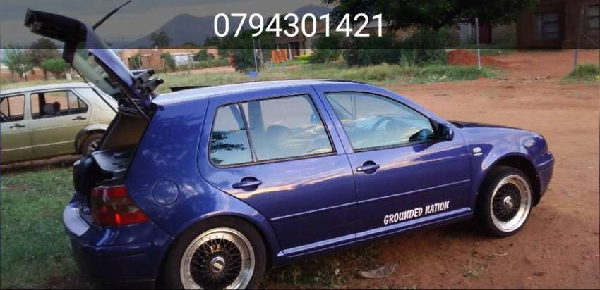 Im selling golf  2.0 engine capacity engine