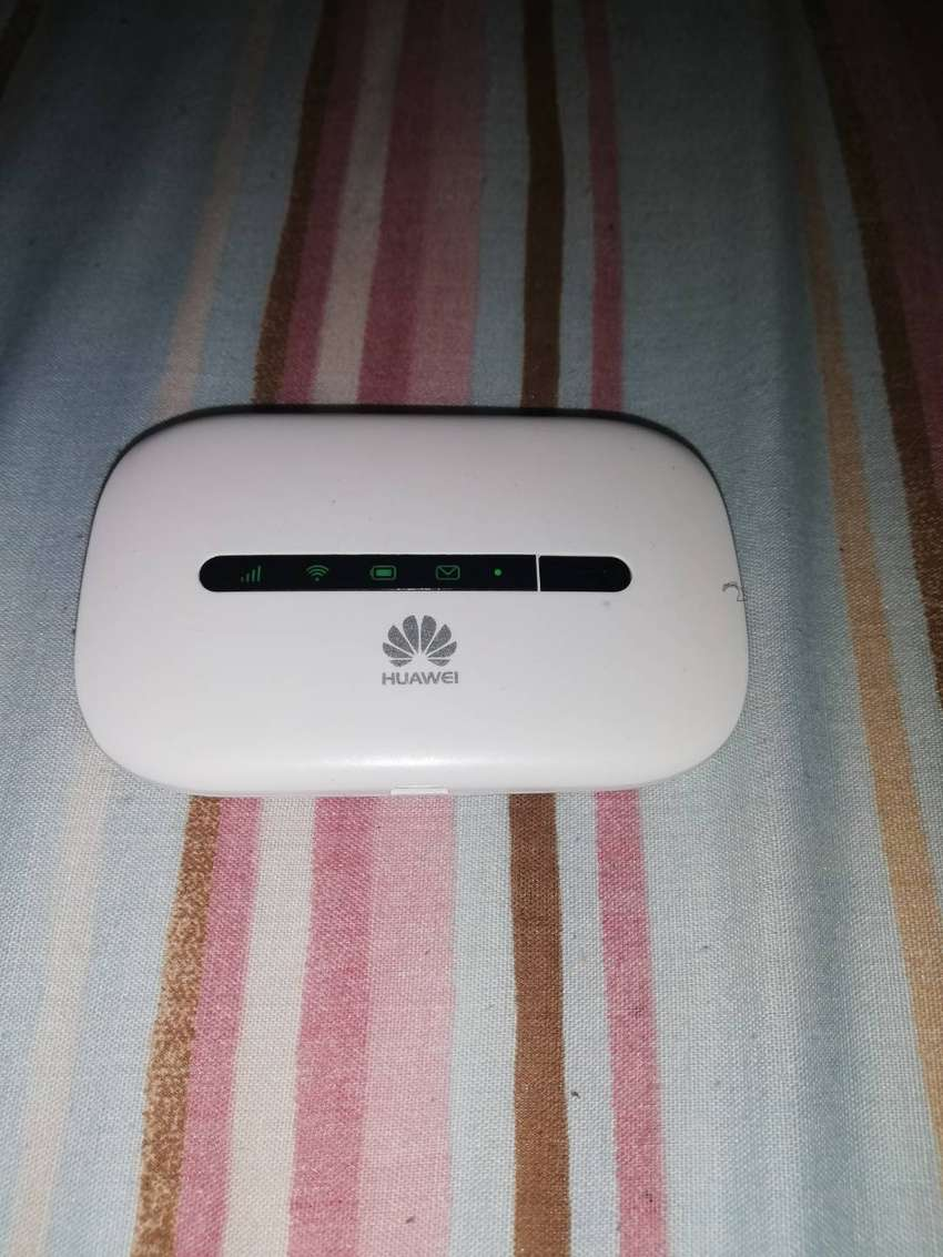 2G/3G Huawei Mobile WiFi Router E5330Bs-2 0