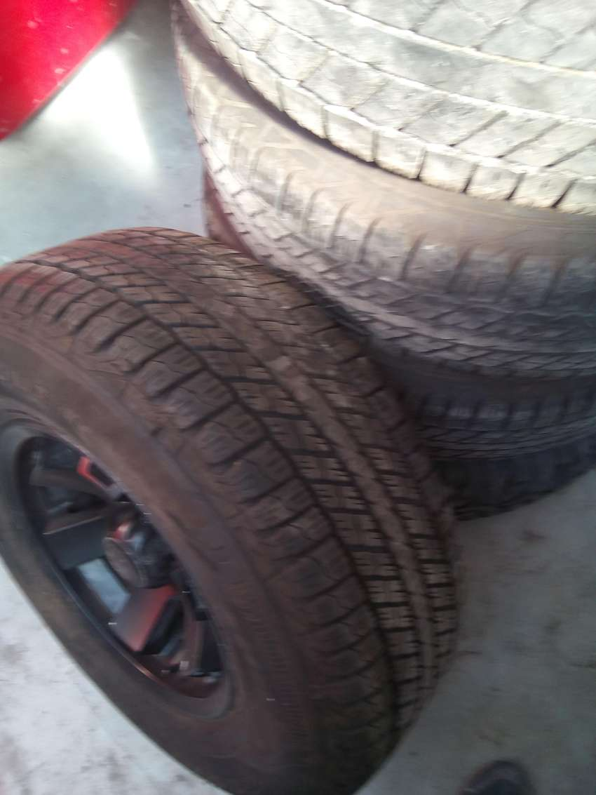 Goodyear wrangler Tyres and rims 0