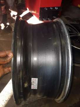 18 inch mag wheels tsw pcd 5/112 still in very good condition