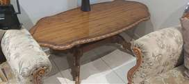 Victorian style coffee table in excellent condition