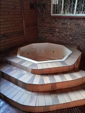 Jacuzzi 8 seater