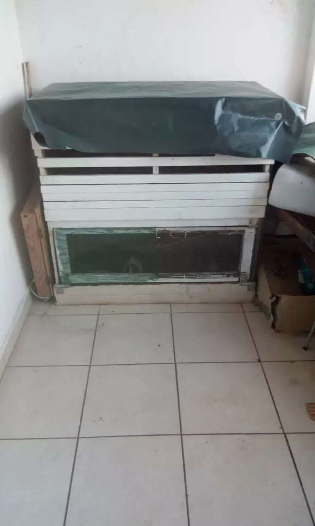 Guinea pigs and cage for sale 0