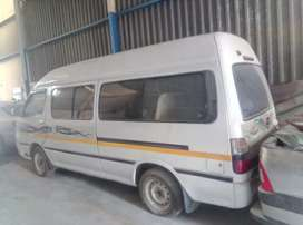 15 seater commercial taxi