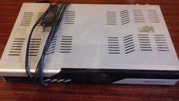 Спутниковый ресивер DRE-5000 с антенной и пультом