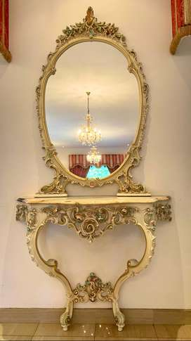 Lo Stile Di Classe Frame with Mirror and Console with Marble Top