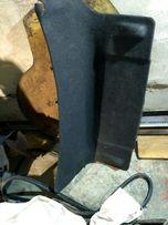 Обшивка багажника пассат б4