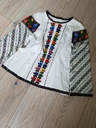 Белая блуза с вышивкой.ручная работа.Вышиванка с кружевом.S,M